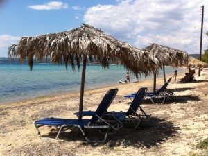 sunbeds-sapfo-beach